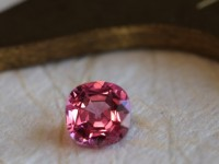 04-67 Spinel pink 0.90 (15)